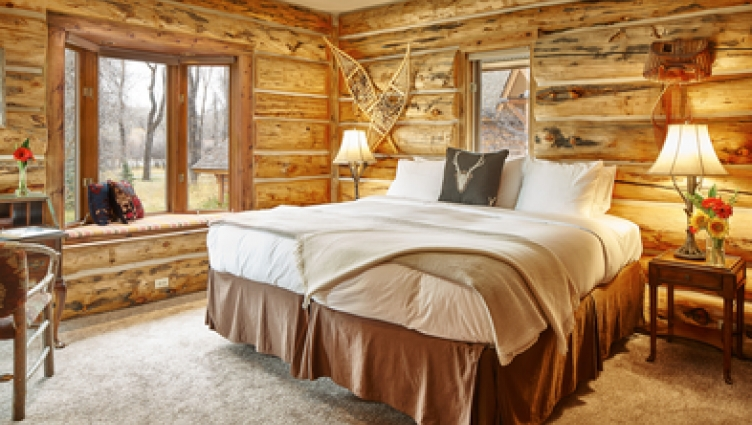 Cabin Bedroom at Bentwood Inn