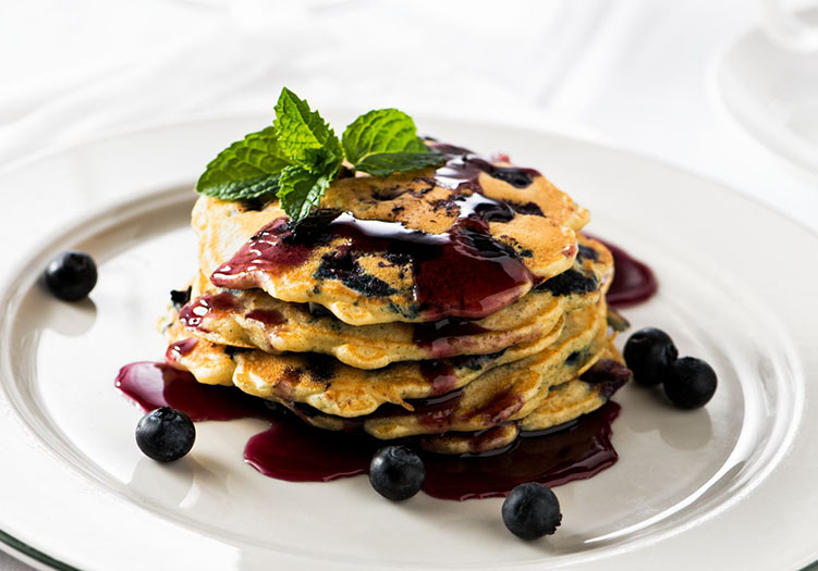 4-Applewood-Inn-Breakfast-Blueberry-Pancakes_-_Food