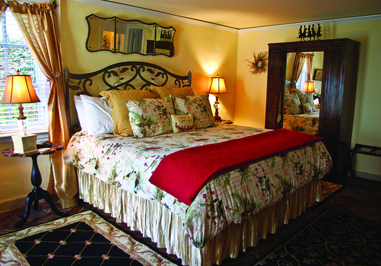 The Inn at 400 West High guest room