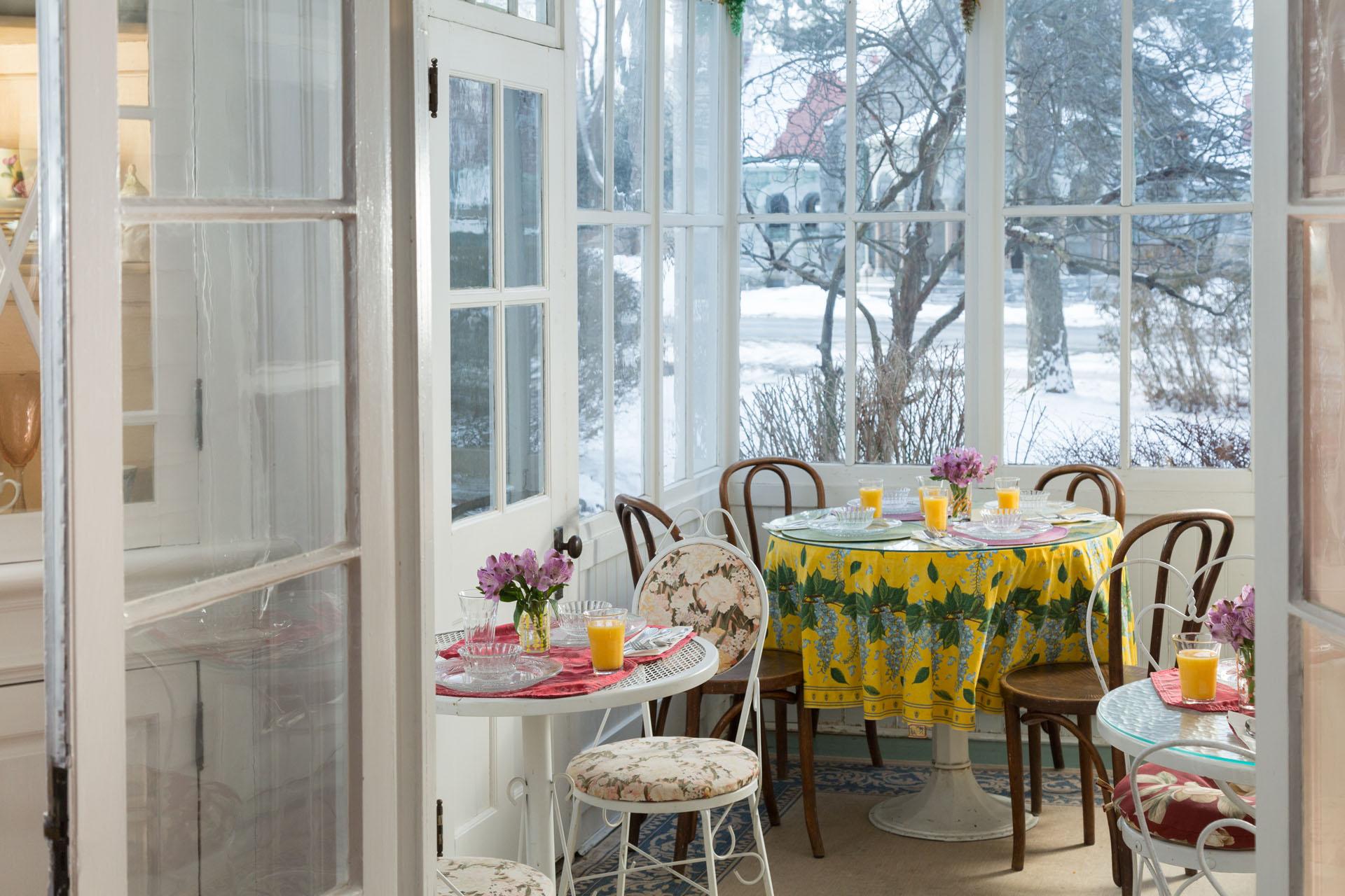 Breakfast Nook Winter