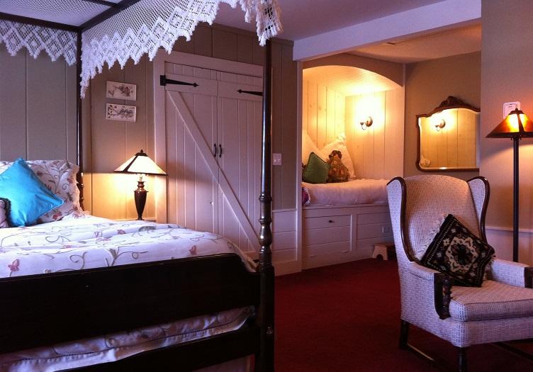 Deerhill Room 3