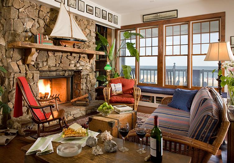 Elizabeth_Pointe Fireplace