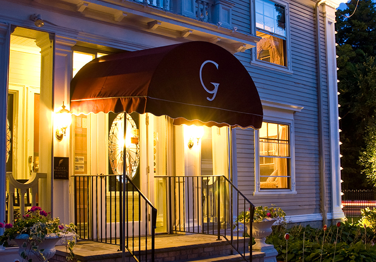 Gateways Inn & Restaurant