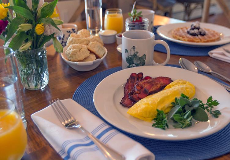 Hill-farm-inn-breakfast