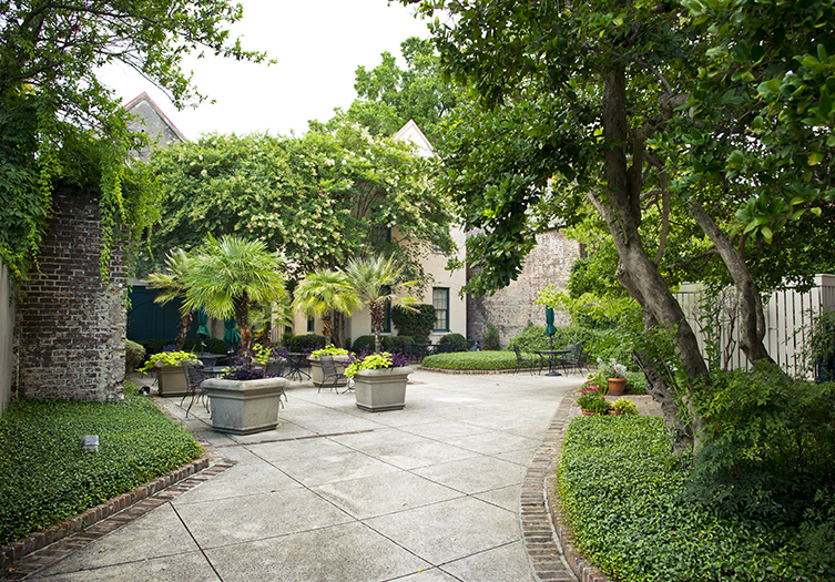 John_Rutledge_House_Inn_Courtyard