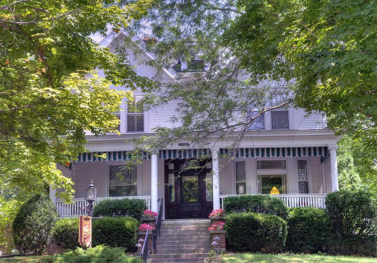 Joseph Decuis Inn & Farmstead Inn
