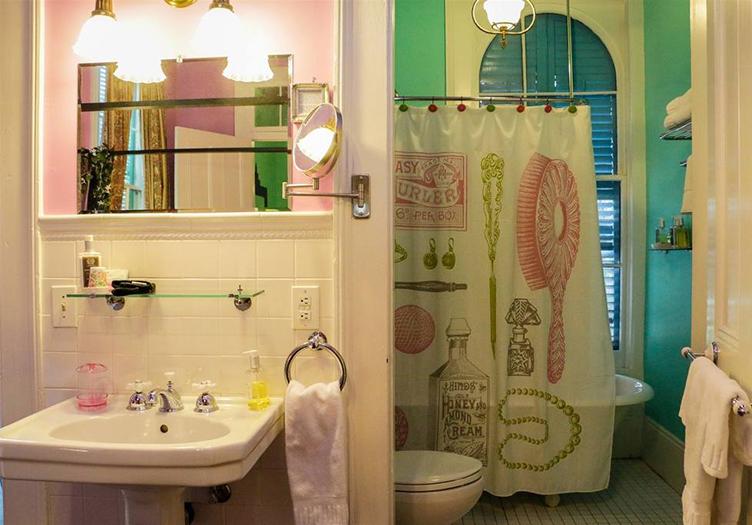 La-Belle-Esplanade-Bathroom