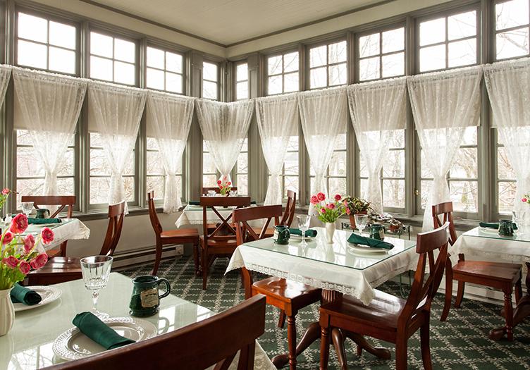 Lafayette-DiningRoom