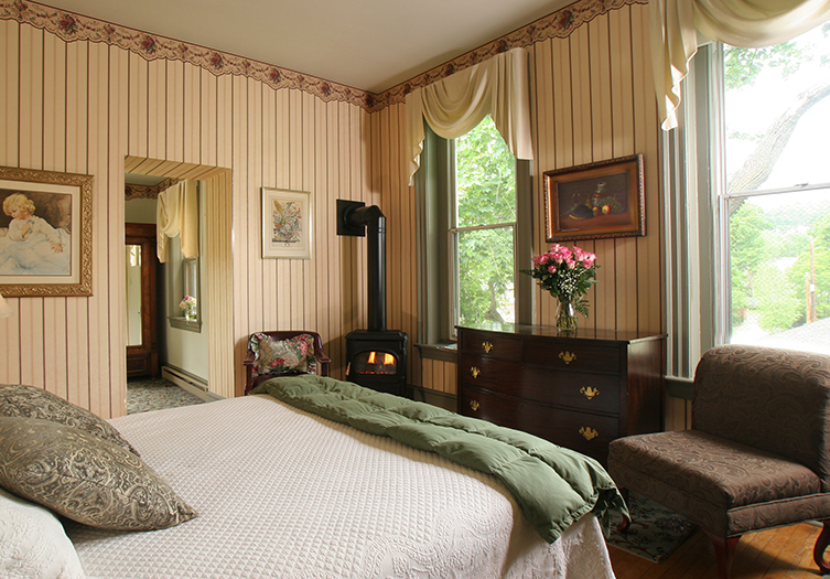 Lafayette-Room2