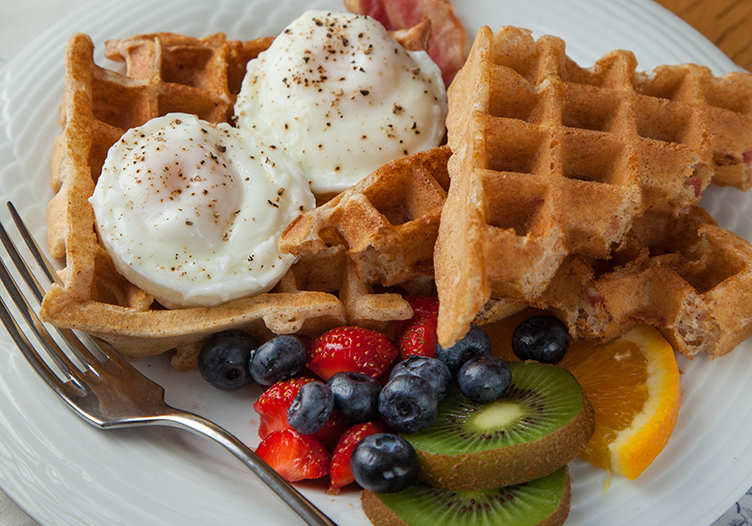 Maple Leaf Inn Breakfast
