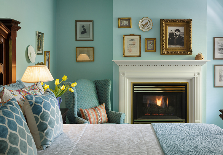 Montford_inn_cottages_Interior2