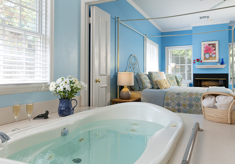 Montford_inn_cottages_Interior4