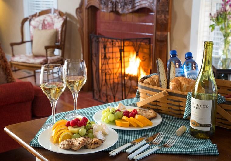 Richmont Inn Wine and Cheese