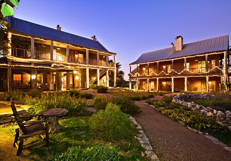 Sage hill inn exterior