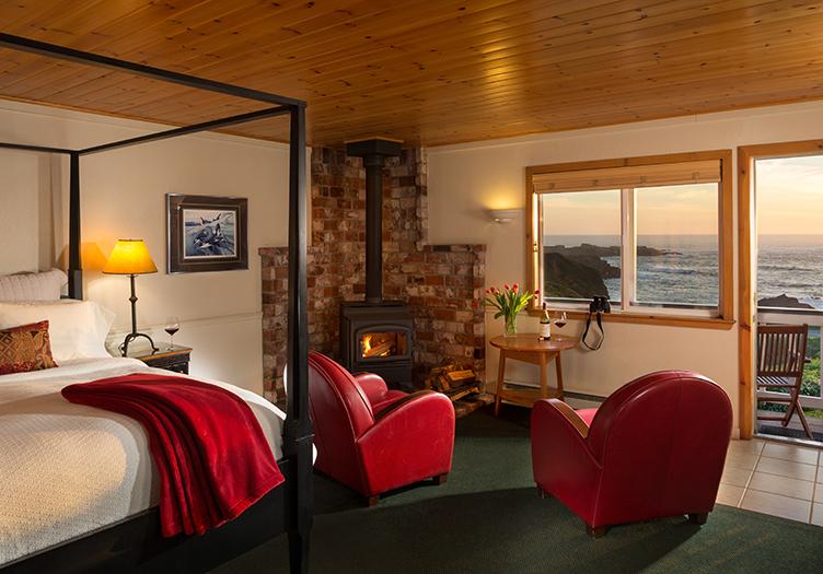 Sea_Rock_Inn_bedroom-Interior