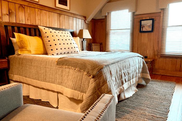 Snowbird-Hotel-Room-17