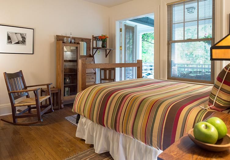 Southmoreland Benton Room