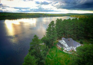 Maine Lakes Region summer vacation spot