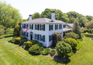 Candleberry Inn cape cod vacation rental packages