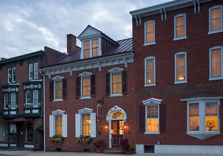 Carlisle House Bed and Breakfast