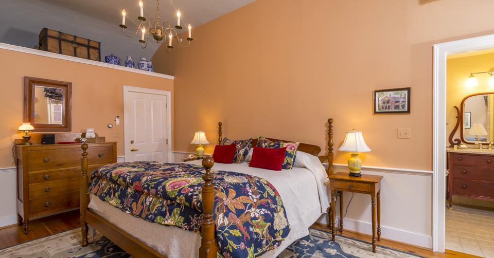 hancock-inn-guestroom