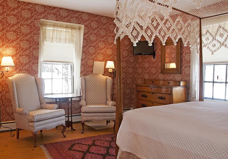 hancock-inn-guestroom3