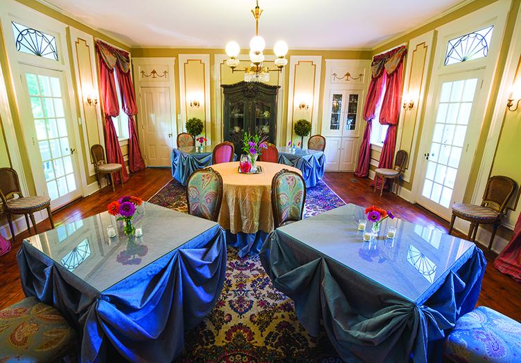hollinger-dining-room