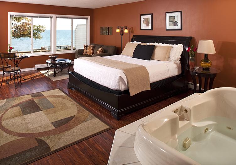 huron-house-guestroom2