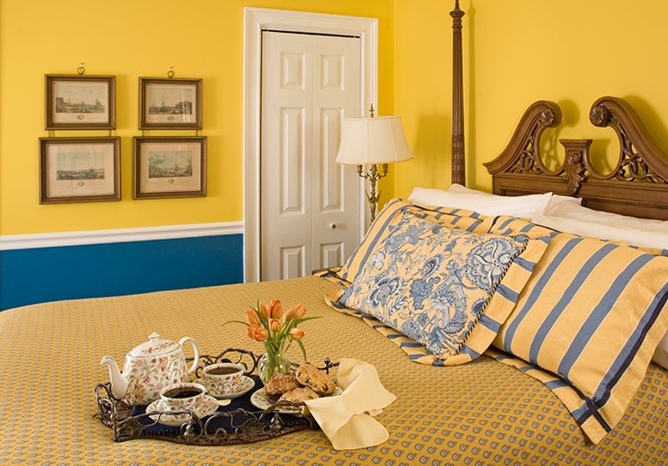 hydrangea-house-bed