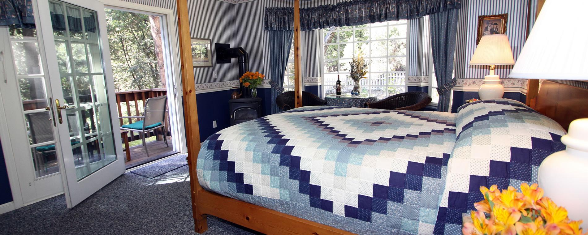 mccaffrey-house-bedroom