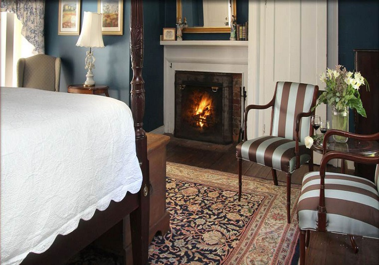 prospect-hill_bedroom-with-fireplace