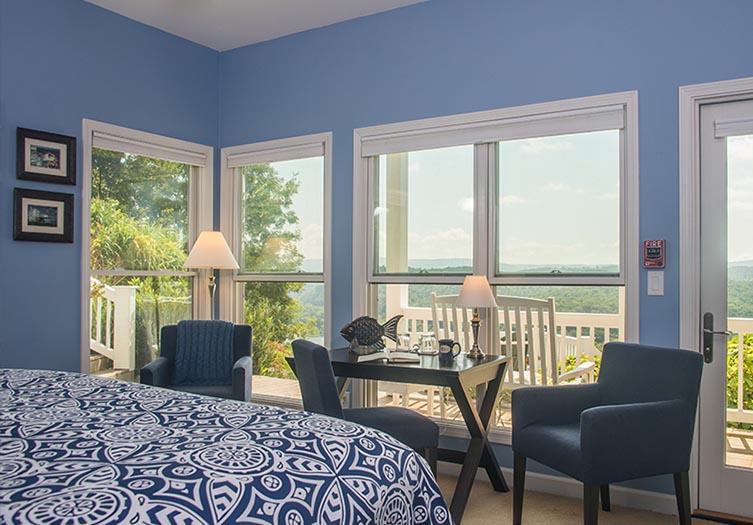 riverbend-guestroom3