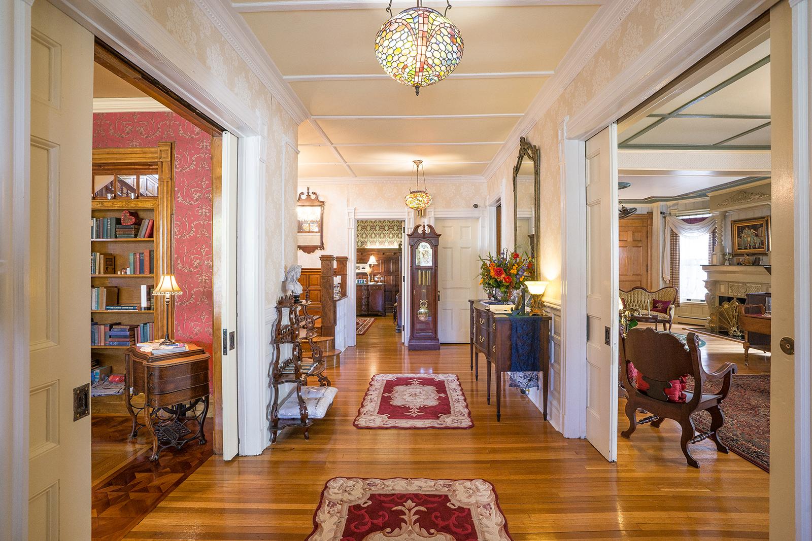Wallingford Victorian Grand Hallway