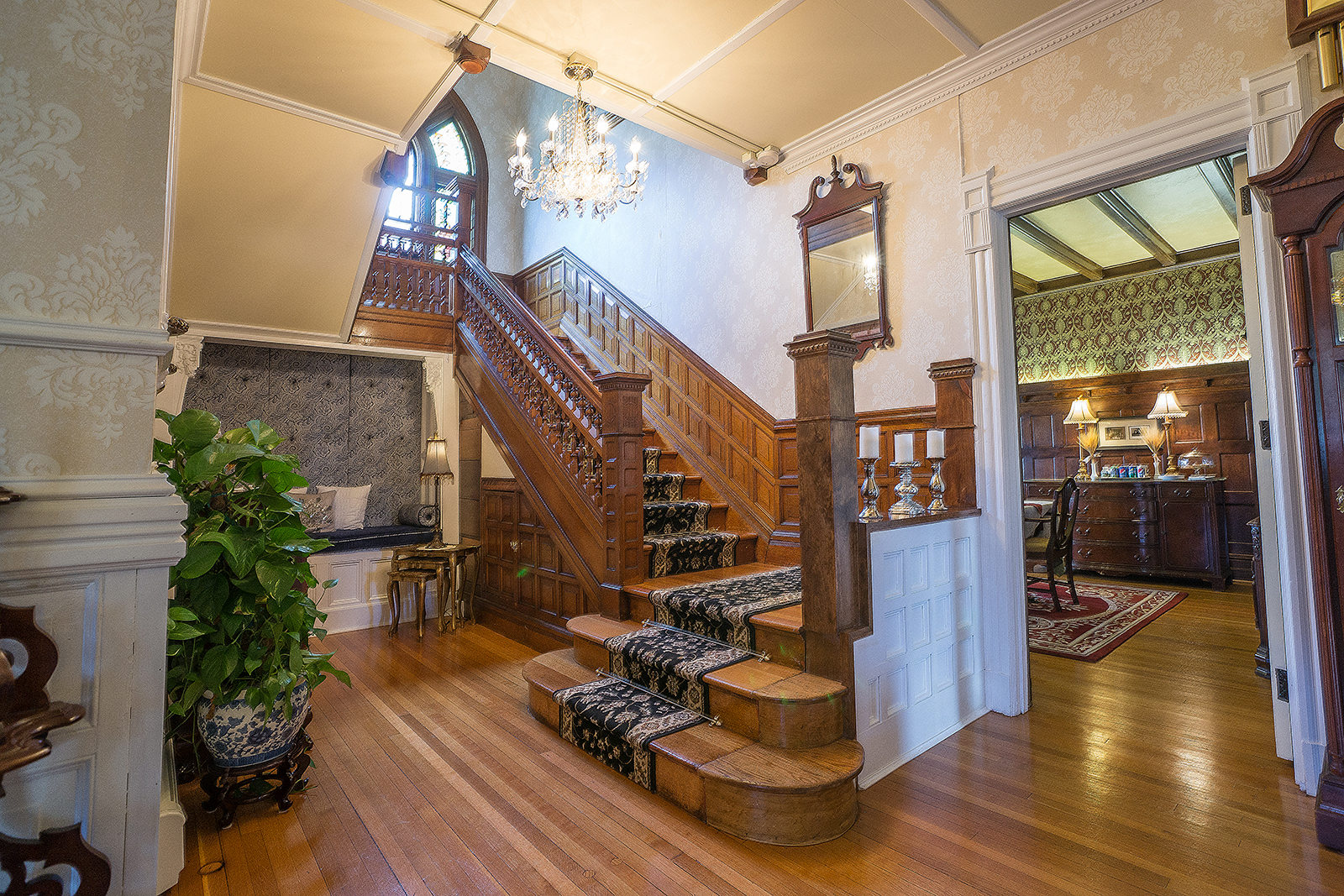 Wallingford Victorian Grand Staircase