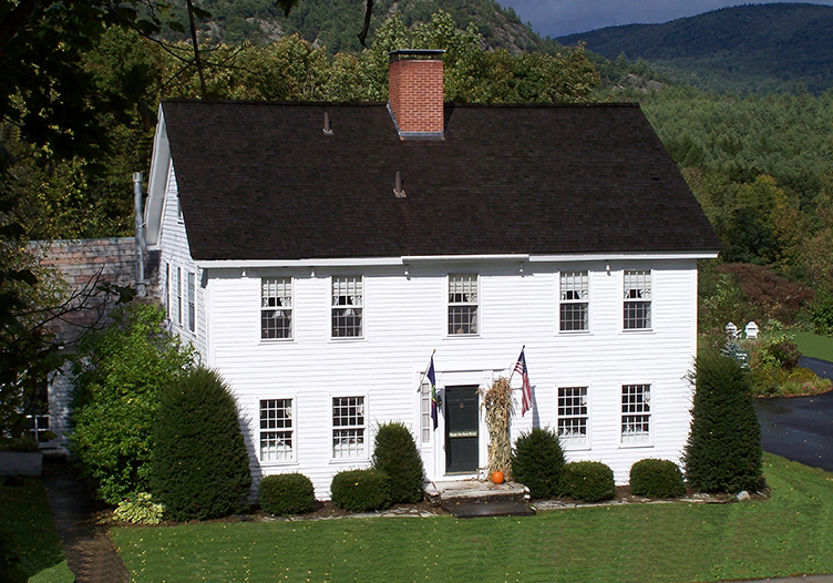 Three Mountain Inn