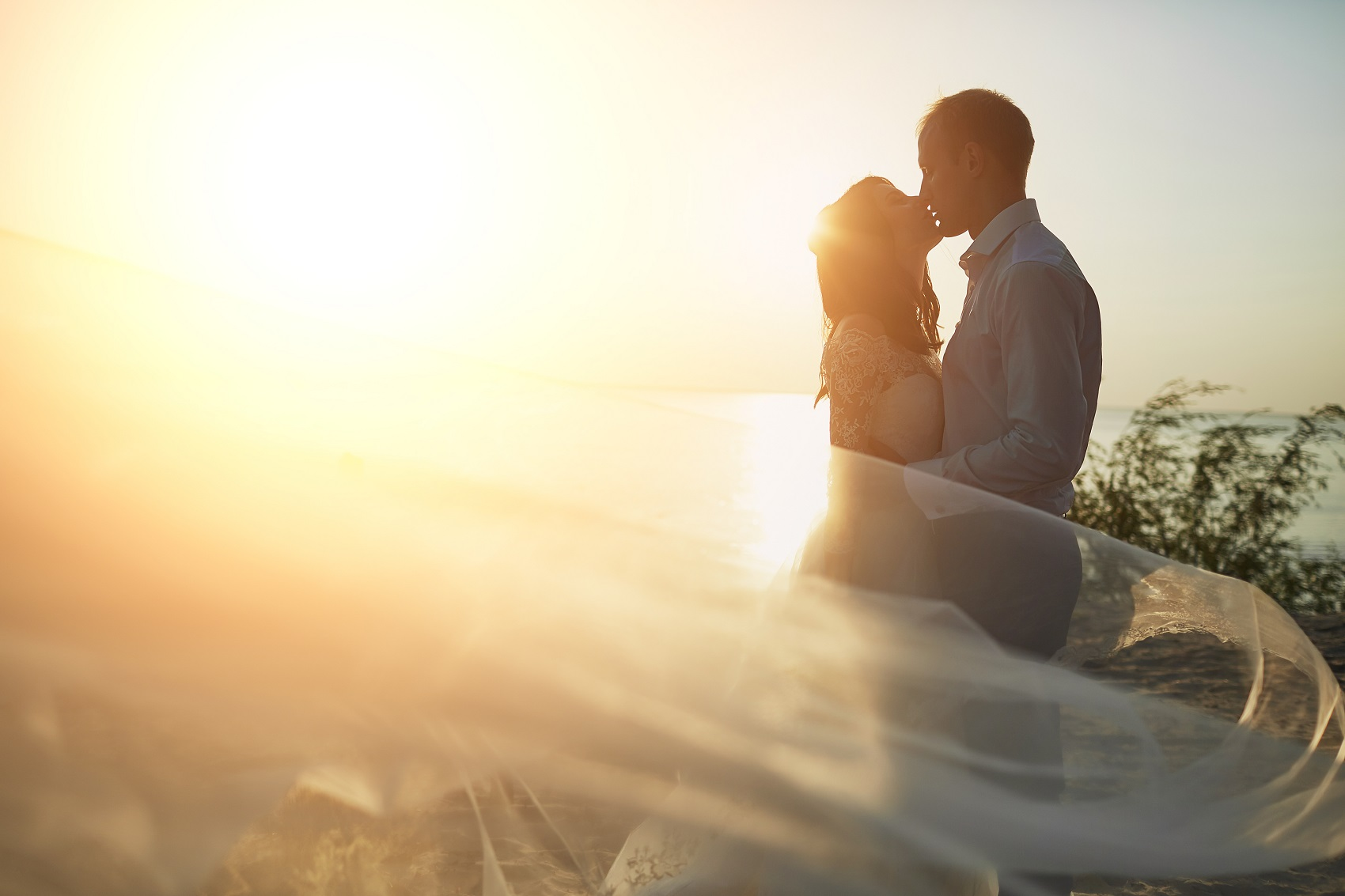 honeymoons anniversaries