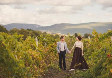 elope in oregon wine country