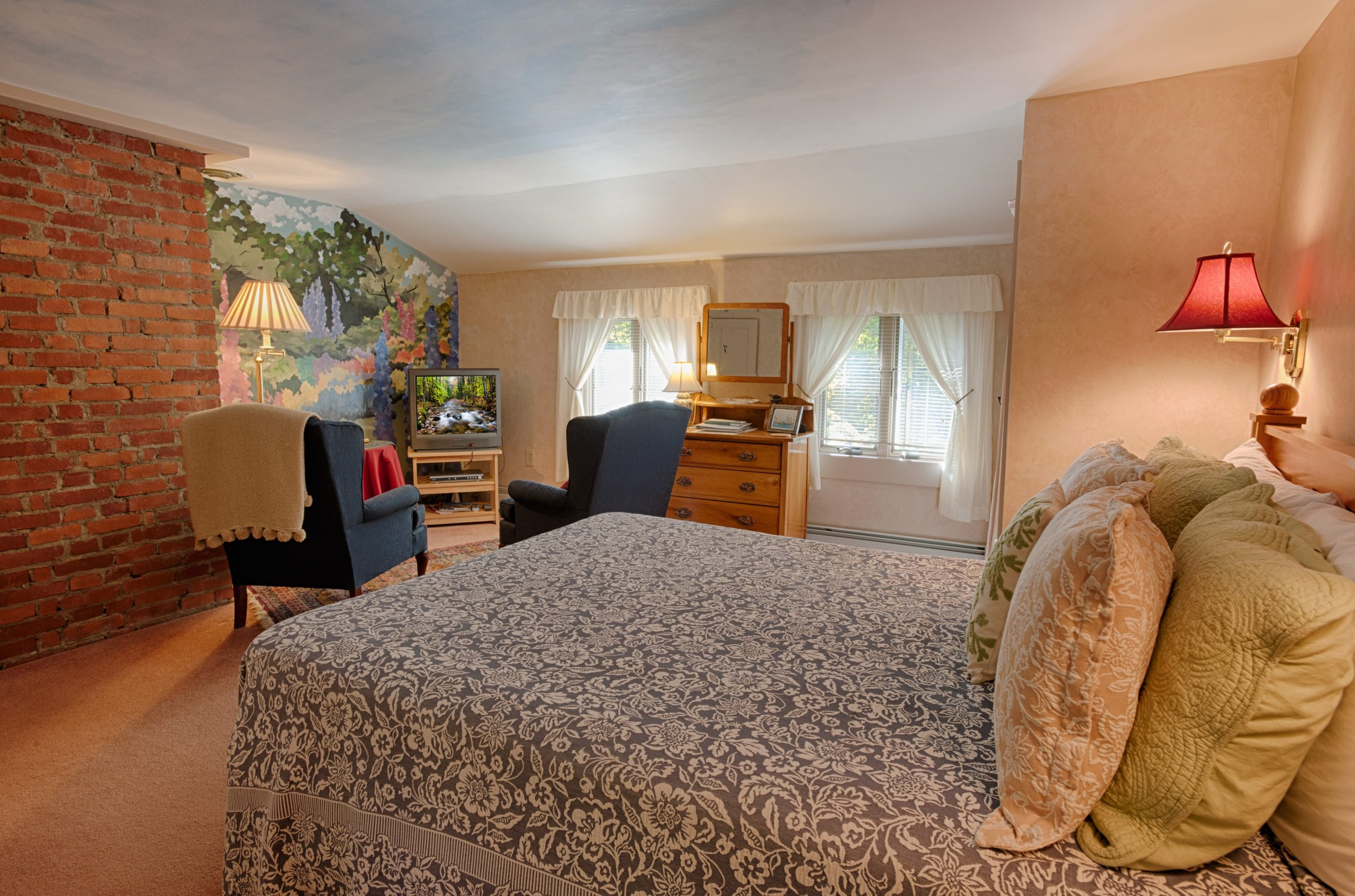 Deluxe Plus Room with Forest Mountain Garden Views