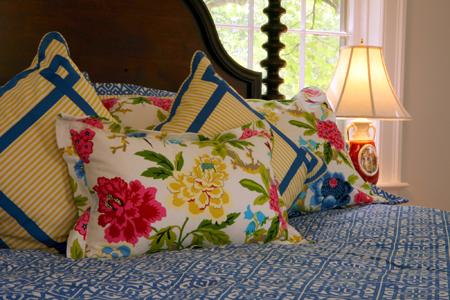 Charred_Oaks_Inn Junior Garden Suite