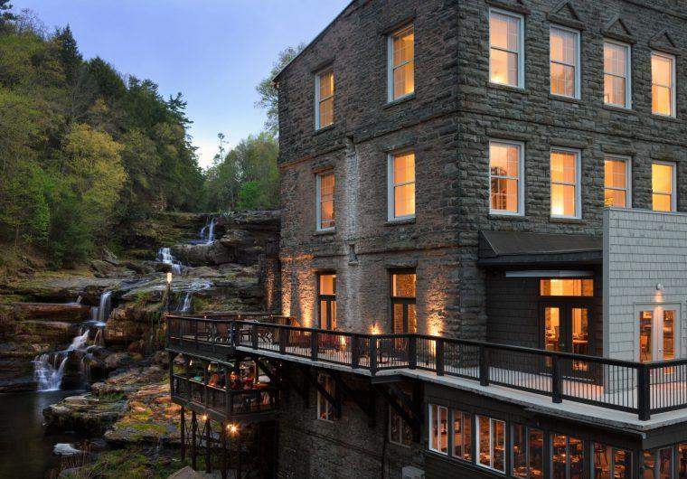 Ledges-hotel-exterior