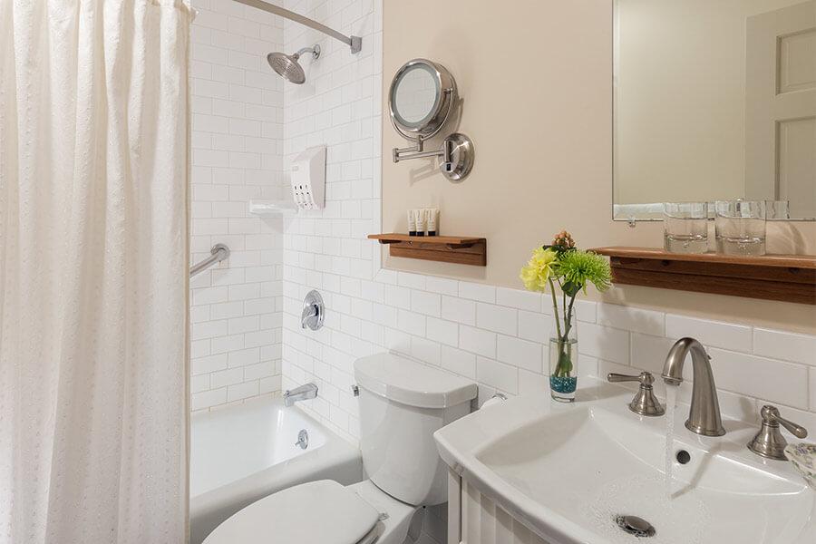 twin-bath-gallery.jpg