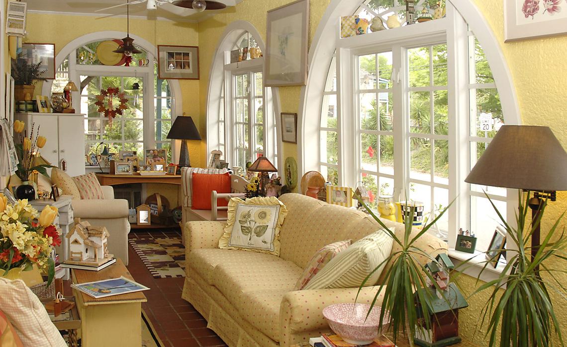 EastLivingRoom1140 - Judy Lavoie