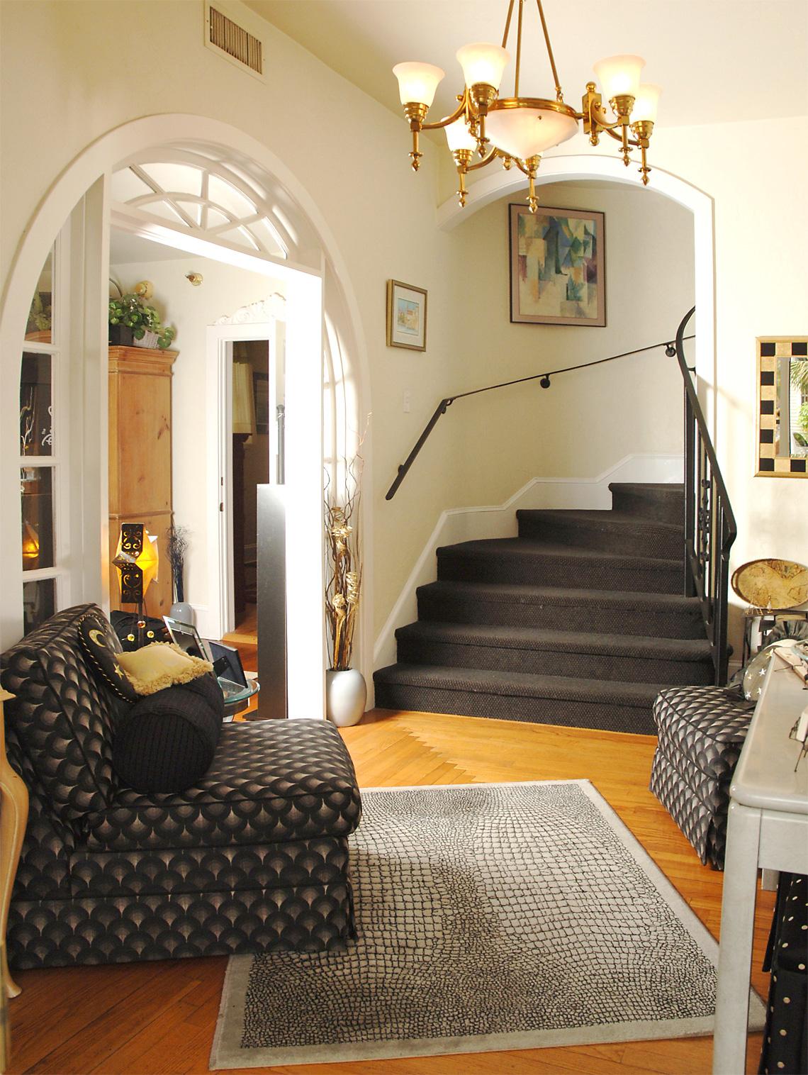 foyer1140 - Judy Lavoie