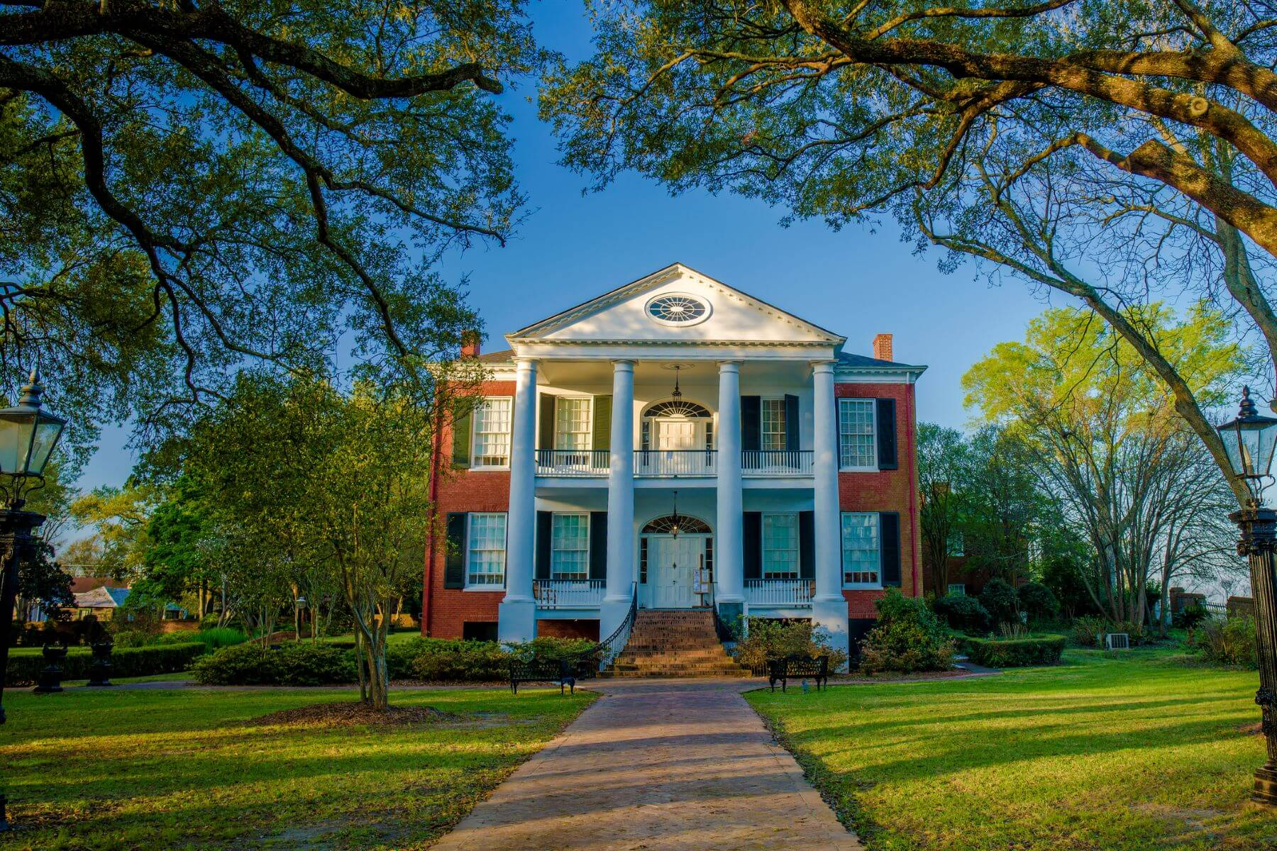 Rosalie Mansion in Natchez.