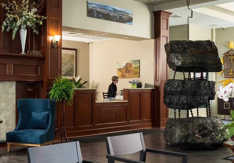 hotel-anthracite-lobby
