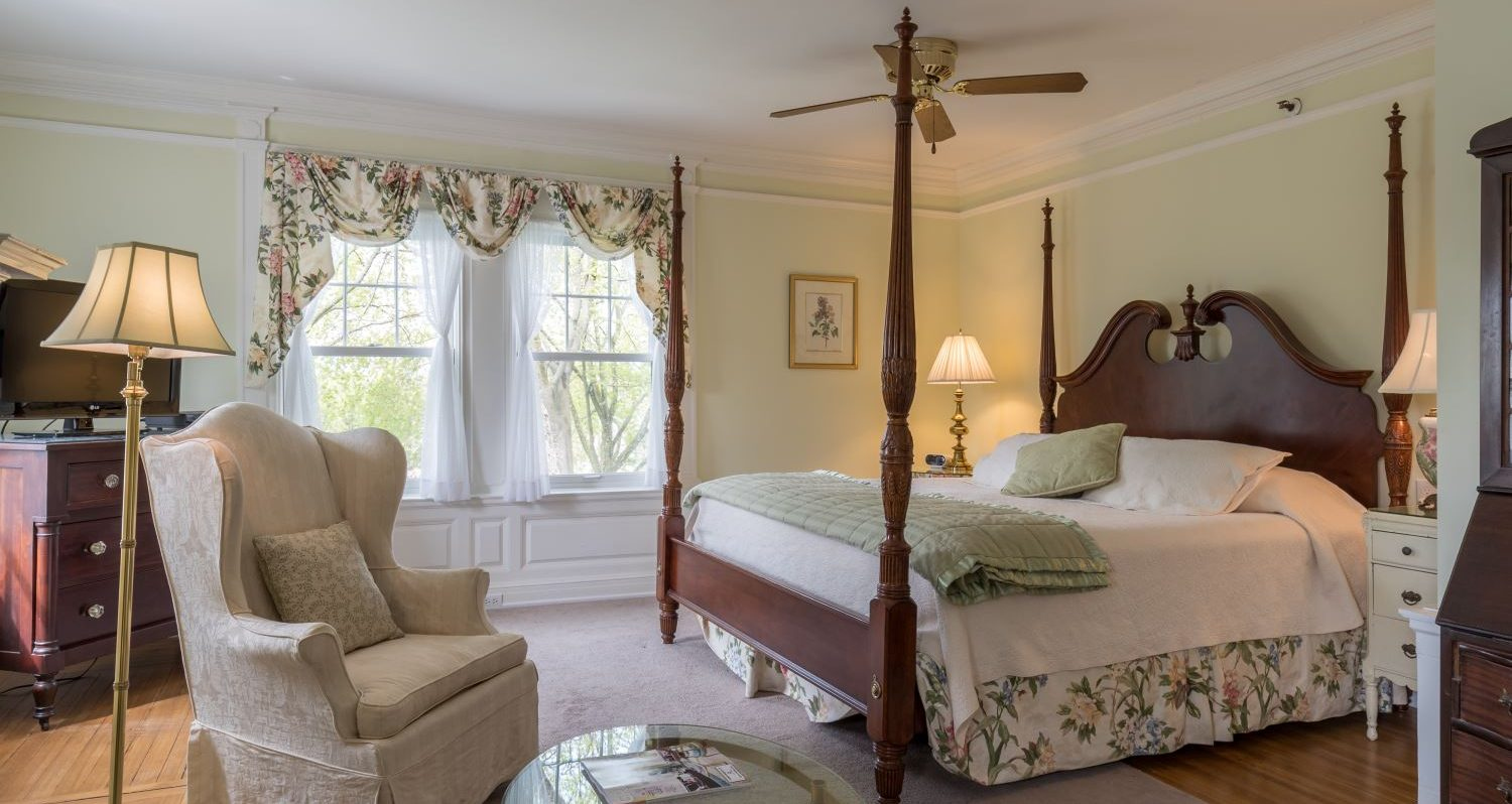 suite-bed-and-breakfast-stanton-house-inn-greenwich-ct - Colin Pearson