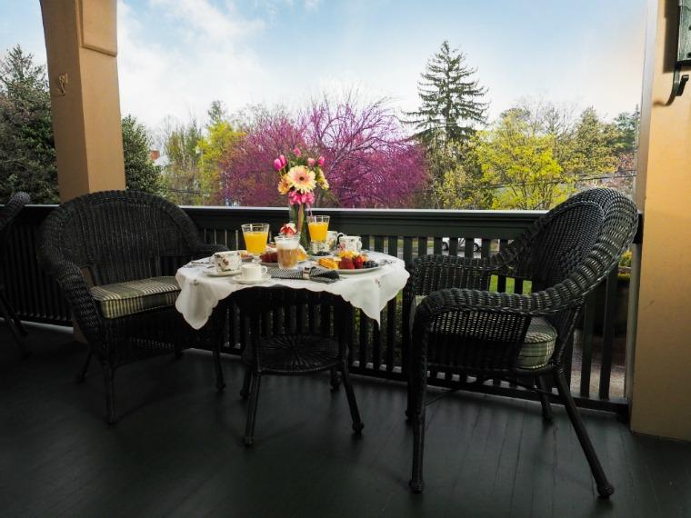 1900 IOM Porch Breakfast Cherry Blossom
