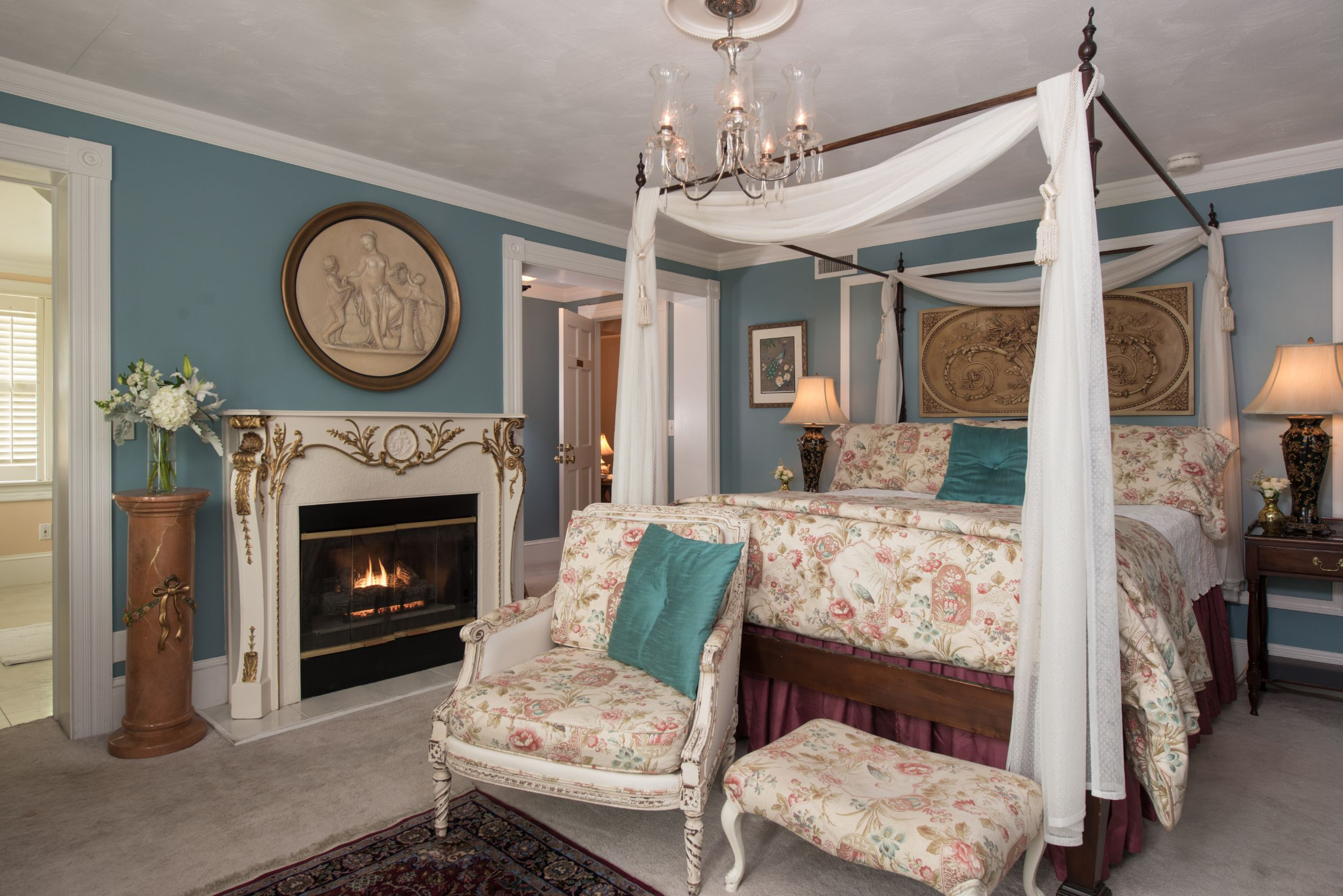 Virginia Dare Room at White Doe Inn