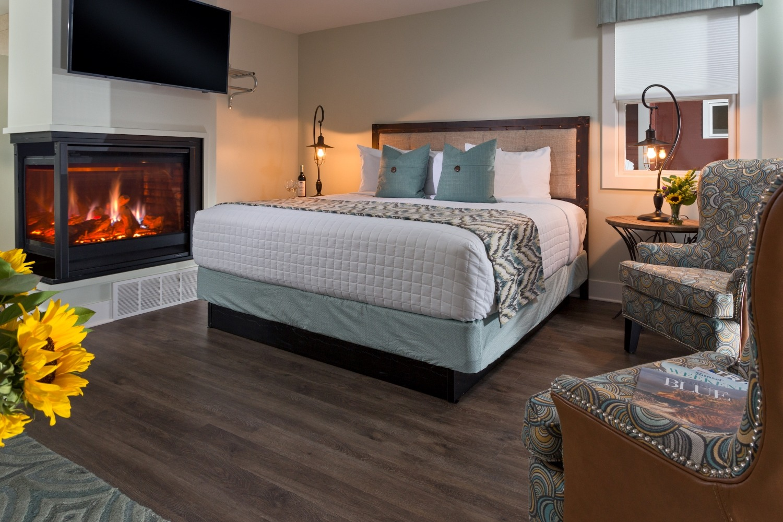 Hotel Saugatuck - Interiors - Cottages - Fenn Valley - 2016