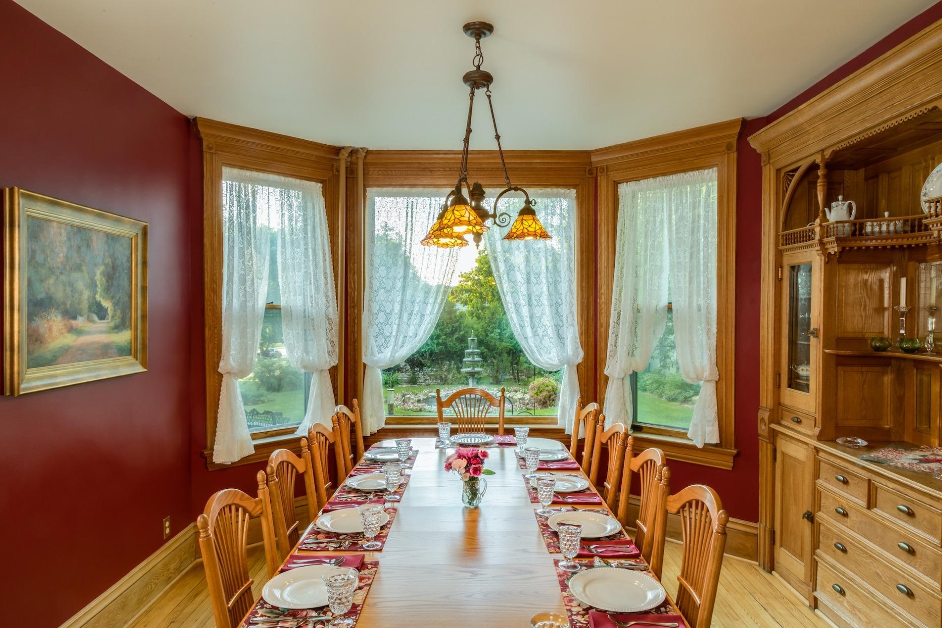 Habberstad-diningroom - Habberstad House Bed and Breakfast (1)